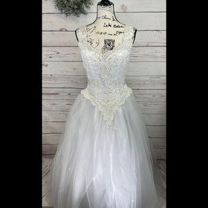 L'amour Wedding Gown and Vail